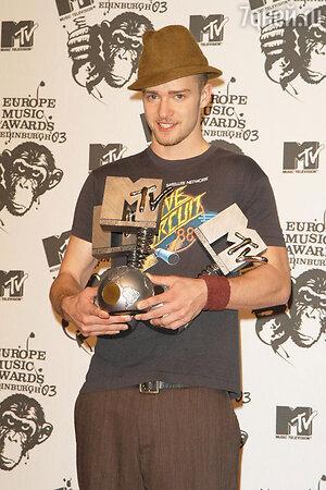 В этом году Джастин получил премии MTV Europe Music Awards в трех номинациях