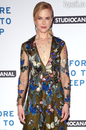 Николь Кидман в платье от Valentino на премьере фильма «Прежде, чем я усну»