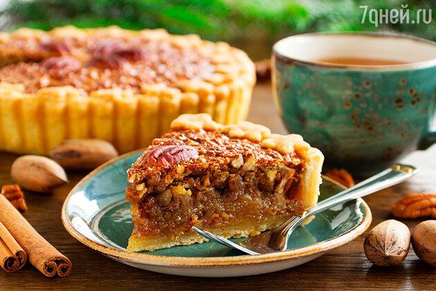 Пирог с пеканом и корицей