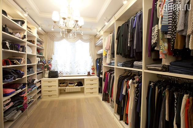 Гардеробная в квартире Анны Семенович