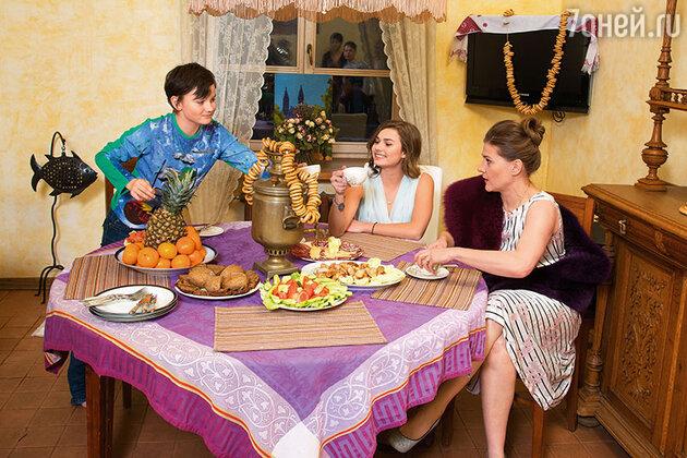 Мария Голубкина с сыном Ваней и дочкой Настей