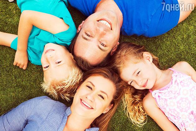 В 20–30 лет самое время, чтобы родить, воспитать и подвести детей к взрослой жизни