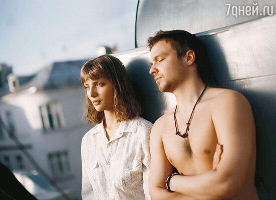 """Кадр из фильма """"Любовь в большом городе"""""""
