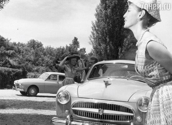 «Встреча двух миров: из коллекции Renault Art»
