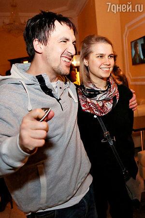Дарья Мельникова с мужем Артуром Смольяниновым