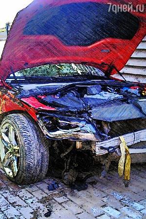 Анастасия Кочеткова попала в аварию