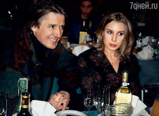 Саша Абдулов и Галя Лобанова жили вместе достаточно долго — восемь лет...