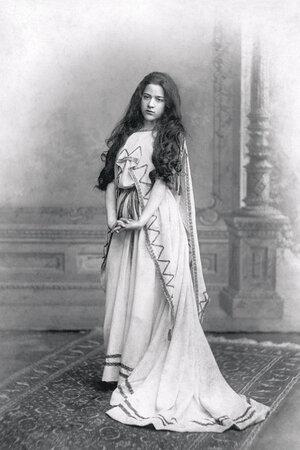 Бабушка Михаила Боярского