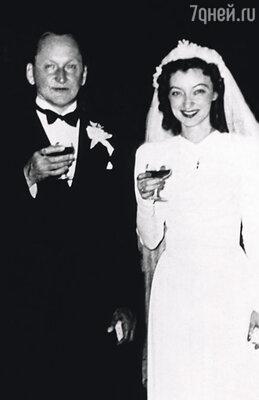 Венчание родителей прошло в один из воскресных дней 1942 года в Кафедральном православном соборе Шанхая