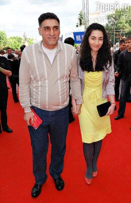 Режиссер Тигран Кеосаян с дочерью