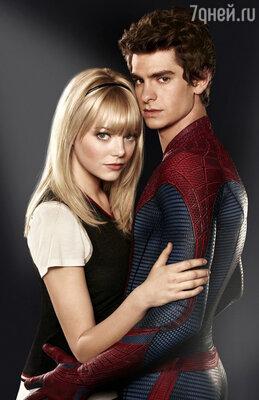 Эмма Стоун и Эндрю Гарфилд в фильме «Новый Человек-паук». 2012 год