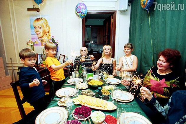 Валерия пригласила корреспондентов «7Д» на 5-летие своего младшего сына Арсения