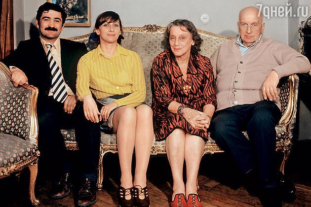 Софико Чиаурели, Георгий Шенгелая, Верико Анджапаридзе и Михаил Чиаурели