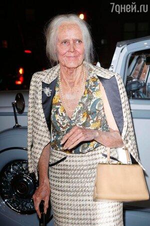 Хайди Клум в образе старой леди
