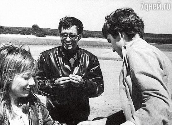 С Андреем Кончаловским и Евгением Киндиновым во время съемок «Романса о влюбленных»