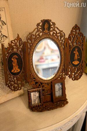 Уникальное старинное зеркало - подарок режиссера Романа Балаяна