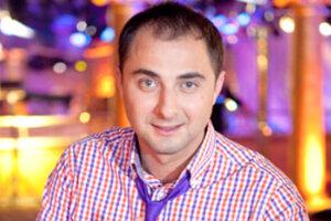 Резидент Comedy Club Демис Карибидис: «Уровень юмора в России гораздо выше, чем где бы то ни было»