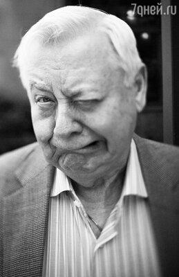 Олег Табаков. Фотовыставка актера Венсана Переса «От Владивостока до Парижа»