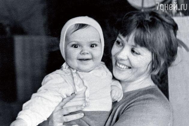 Светлана Карпинская с дочкой Катей
