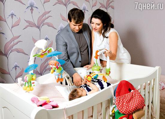 «Я сказала Илану: «Давай мне врач скажет пол ребенка, а для тебя это останется сюрпризом?» Он отвечает: «Хорошо». Но через час перезванивает: «Нет-нет, я не выдержу!»