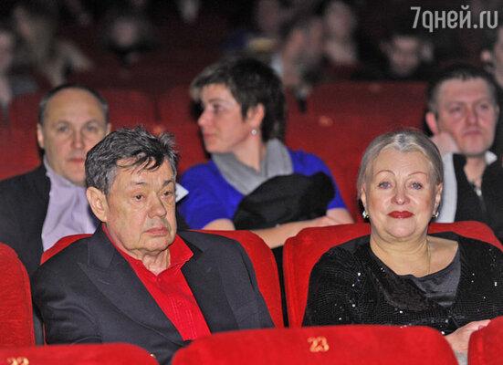 Николай Караченцов с супругой