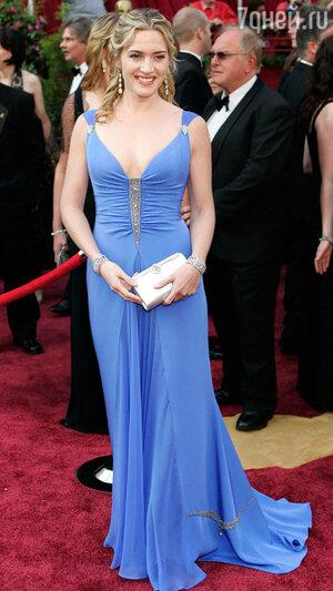 Кейт Уинслет на 77-й  церемонии «Оскар». 2005 год