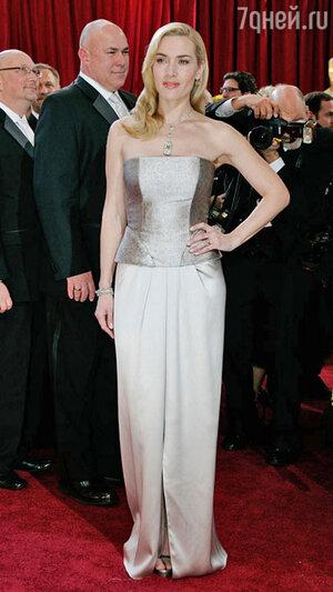 Кейт Уинслет на 82-й  церемонии «Оскар». 2011 год