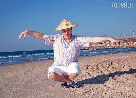 Пианист Денис Мацуев на тель-авивском пляже