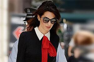 Образ дня: Амаль Клуни в Gucci