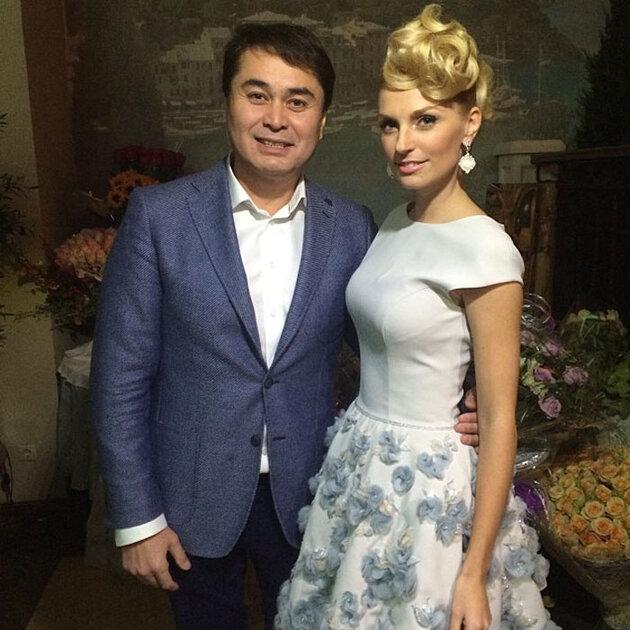 Саша Савельева и Ренат Давлетьяров на дне рождения Саши Савельевой