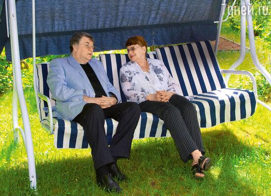 Изумрудная свадьба празднуется крайне редко. Шутка ли— 55лет вместе! Семья Ширвиндтов— счастливое исключение