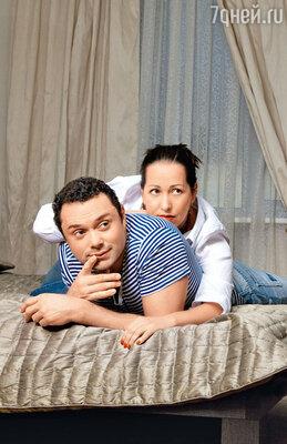 Андрей Носков с женой Настей