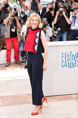 Кейт Бланшетт в Delpozo на фотоколле анимационной ленты «Как приручить дракона 2» в рамках 67-го Каннского кинофестиваля