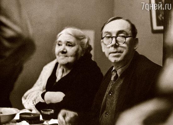 Родители Юры — Владимир Андреевич и Лидия Ивановна