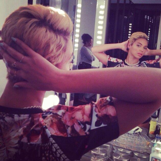Большинство фанатов оценило обновленный образ Бейонсе, подчеркнув, что она «прекрасна с любой прической»