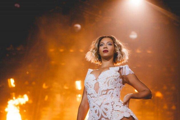 ������� (Beyonce) ����� � �������� ��������