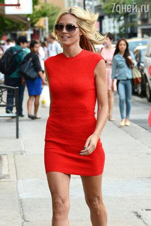 Хайди Клум в платье от Alexander McQueen