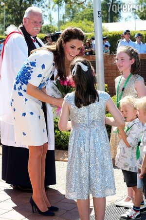 Герцог и герцогиня Кембриджские пообщались с семьями военных