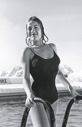 Анни Жирардо — мое самое  лучшее воспоминание. Не только великая актриса, но и великая  женщина. На съемках фильма  «Жить, чтобы жить», 1967 г