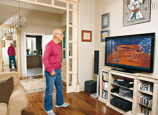 «У меня три любимых занятия: брать интервью, общаться с близкими мне людьми и играть в теннис»