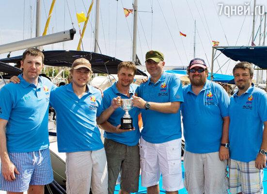 Серебряные призеры  желтого дивизиона. Участники Второй Российской бизнес-регаты