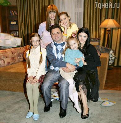 Фото со съемочной площадки сериала «Папины дочки»