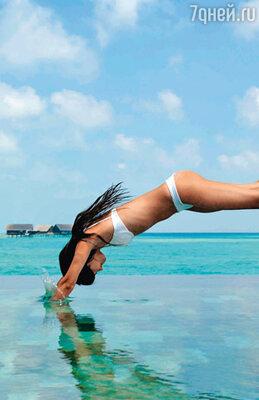 На Мальдивах певица не вылезала из воды