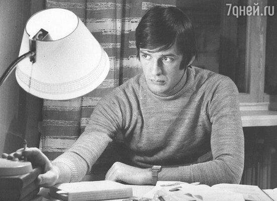 Александр Абдулов в фильме «Двое в новом доме». 1978 г.