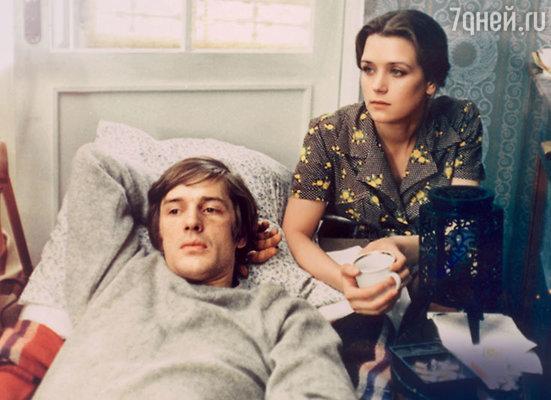 Александр Абдулов с Ириной Алферовой в фильме «С любимыми не расставайтесь». 1979 г.