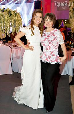 Юля с мамой Светланой Анатольевной