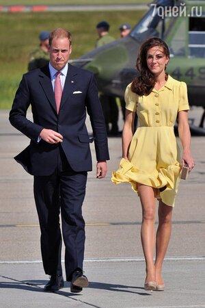 Принц Уильям и Кейт Миддлтон в платье от Jenny Packham