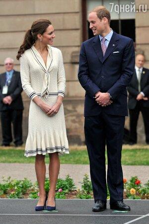 Принц Уильям и Кейт Миддлтон в наряде от Alexander McQueen