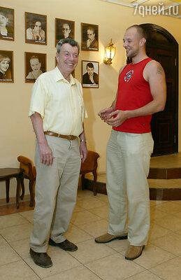 Вячеслав Анатольевич с сыном Иваном в Театре имени Рубена Симонова