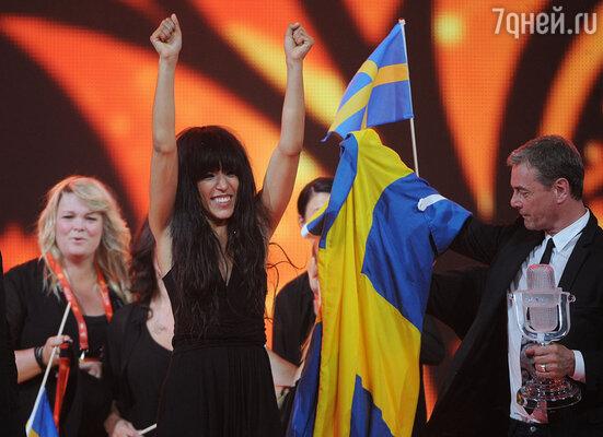Первое место с большим отрывом заняла певица из Швеции — Лорин, покорившая зрителей необычным сценическим образом